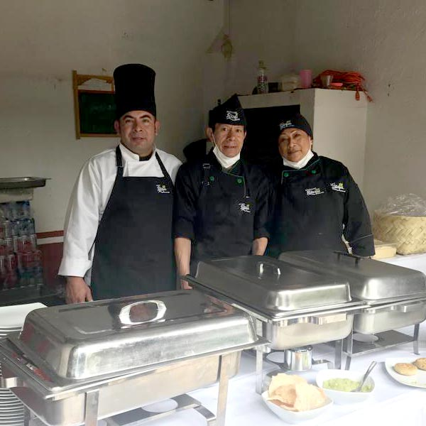 Restaurante Los Panchos equipo de banquetes a su servicio