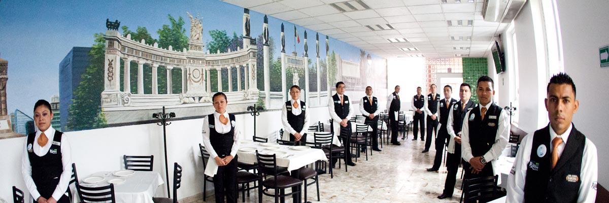 Restaurante Los Panchos equipo a su servicio