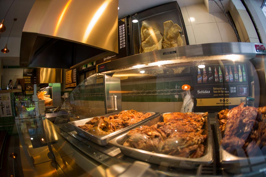 Restaurant Los Panchos México sucursal matriz anzures barra de carnitas