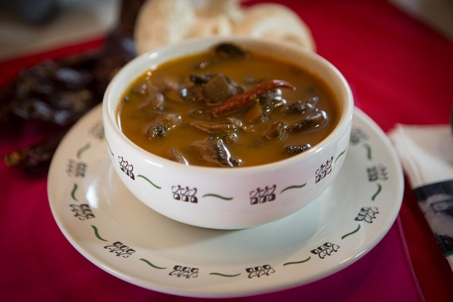 Restaurant Los Panchos México sucursal matriz anzures caldo