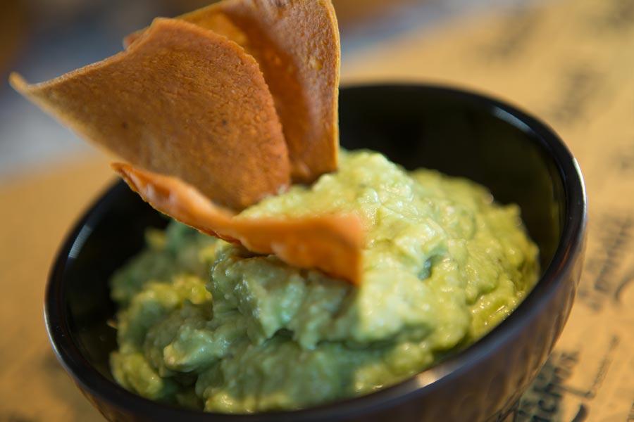 Restaurant Los Panchos México sucursal perisur guacamole