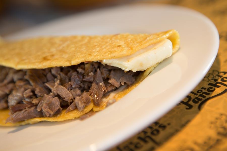 Restaurant Los Panchos México sucursal perisur quesadilla con bistec