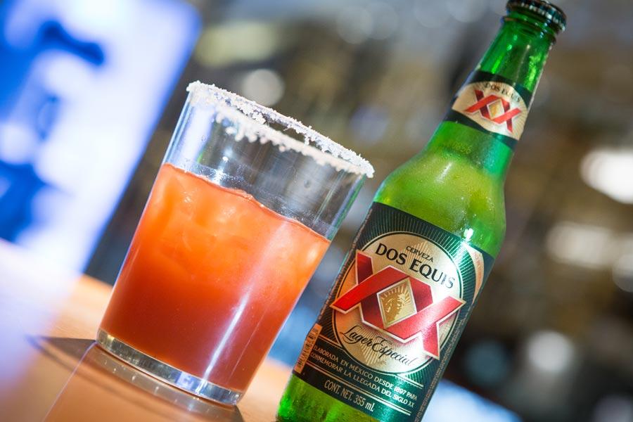 Restaurant Los Panchos México sucursal polanco cerveza con clamato