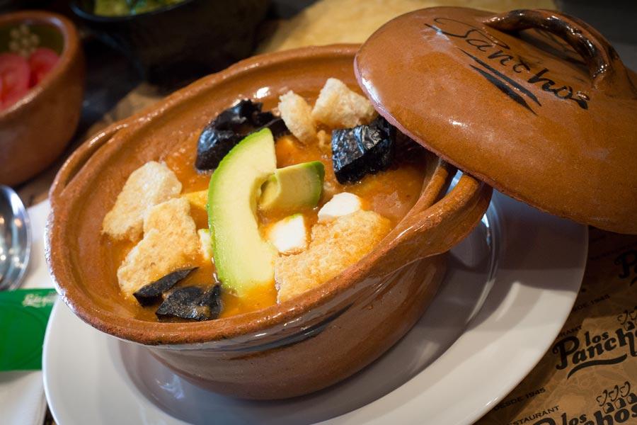 Restaurant Los Panchos México sucursal polanco sopa de tortilla